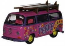 """OXFORD 1:76 - VW 2 """"PEACE"""", PINK"""