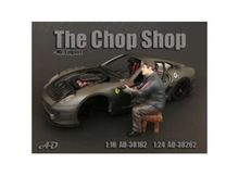 AMERICAN DIORAMA 1:24 - CHOP SHOP SET MR. LUGNUT FIGURE