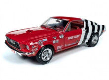 AUTO WORLD 1:18 - FORD MUSTANG FASTBACK 1968 *SANDY ELLIOT*, RED & WHITE WITH BLACK STRIPES & SANDY ELLIOT RACE CAR