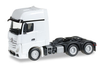 HERPA 1:87 - Mercedes-Benz Actros Gigaspace 6x4 rigid tractor, white