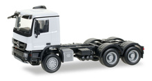 HERPA 1:87 - Mercedes-Benz Actros M 08all-wheel rigrid tractor 3axles, white