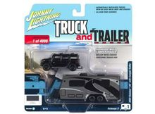 JOHNNY LIGHTNING 1:64 - HUMMER H2 2004 WITH CAMPER TRAILER, MATT BLACK