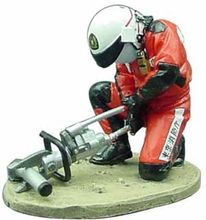 MAGAZINE MODELS 1:32 - MOTOBIKER - FIREDRESS - JAWS OF LIFE TOKYO-JAPAN-2004