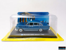 MAGAZINE MODELS 1:43 - MERCEDES 200D - ATHENS 1965, TAXI OF THE WORLD - CENTAURIA