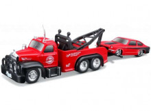 MAISTO 1:64 - MACK B-61 1953 WITH 1971 CHEVROLET VEGA, RED/BLACK