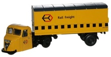 OXFORD 1:76 (00) - Railfreight Yellow Scammell Scarab Van Trailer