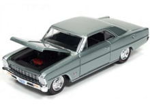 RACING CHAMPIONS 1:64 - CHEVROLET NOVA 1966 'MINT COLLECTION', WILLOW GREEN