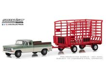 GREENLIGHT 1:64 - FORD F-100 1969 FARM & RANCH SPECIAL LONG BED WITH BALE THROW WAGON PACK *HITCH & TOW SERIES