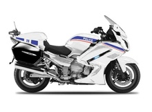 MAISTO 1:18 - YAMAHA FJR 1300A POLICE AUTHORITY FRANCE NATIONAL, WHITE/BLUE