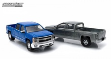 GREENLIGHT 1:64 - HEVROLET SILVERADO 2014-15, 'FIRSTCUT SERIES' 2-PACK, ONE FIRSTCUT CAR AND ONE DECORATED CAR