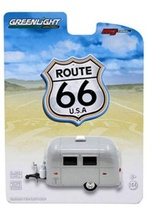 GREENLIGHT 1:64 - AIRSTREAM 16 BAMBI SPORT TRAILER 'ROUTE 66'
