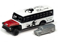 JOHNNY LIGHTNING 1:64 - MONOPOLY CHEVROLET SCHOOL BUS & TOKEN, WHITE/BLACK