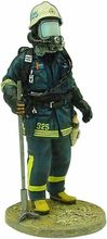 MAGAZINE MODELS 1:32 - FIREMAN -FIRE DRESS STOCKHOLM SWEDEN 2003