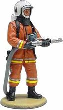 MAGAZINE MODELS 1:32 - FIREMAN - FIREDRESS BRUSSELS BELGIUM 2003