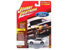 JOHNNY LIGHTNING 1:64 - FORD MUSTANG GT 1990, WHITE