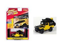 JOHNNY LIGHTNING 1:64 - TOYOTA LANDCRUISER 1980, YELLOW/BLACK