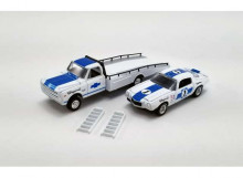 ACME 1:64 - CHEVROLET C30 RAMP TRUCK 1967 WITH #1 1970 TRANS AM CAMARO CHAPARRAL, WHITE/BLUE
