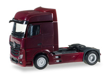 HERPA 1:87 - MERCEDES-BENZ ACTROS BIGSPACE RIGID TRACTOR, WINE RED
