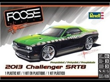 REVELL US 1:25 - DODGE CHALLENGER SRT8 2013 'CHIP FOOSE' PRE-PAINTED, PLASTIC MODELKIT
