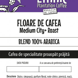 FLOARE DE CAFEA 100% Arabica blend Medium City Roast