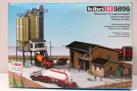 KIBRI 9896 Silo's, opslagloods, auto's Uitloop