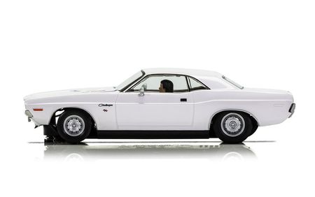 SCALEXTRIC 3935 DODGE CHALLENGER 1970 WHITE
