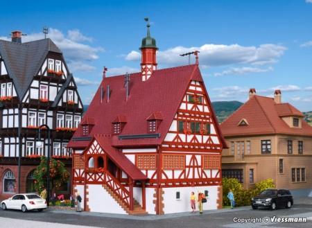 KIBRI 38906 H0 Rathaus in Maichingen