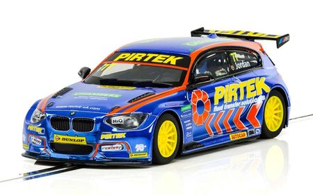 SCALEXTRIC 3914 BMW SERIES 1 NGTC BTCC 2017