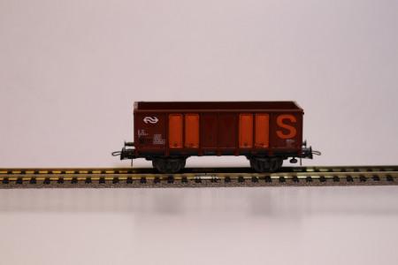 Roco 46044 Hoge bak Bietenwagen met oranje streep HO NIEUW uitloop