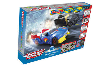 SCALEXTRIC 1143 MICRO SCALEXTRIC JUSTICE LEAGUE MAINS POWERED (4/19) *