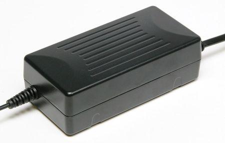 SCALEXTRIC 9300 DIGITAL 15V 4 AMP TRANSFORMER (2019)