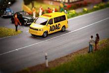 FALLER 161586 VW T5 BUS ADAC (WIKING)