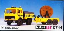 KIBRI 10744 U Mercedes vrachtwagen met aanhanger met kabelroil Deutshe Post