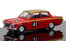 SCALEXTRIC 3870 FORD CORTINA ALAN MANN RACING