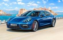 REVELL 07034 Auto's- Personen Porsche Panamera 2 1:24