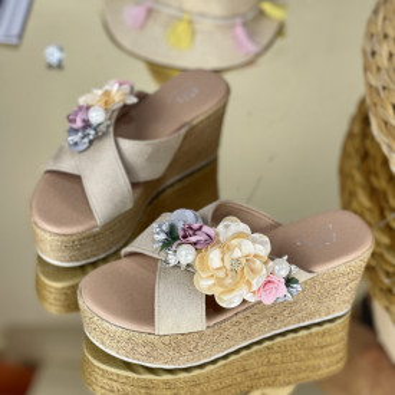 Papuci Flora Bej