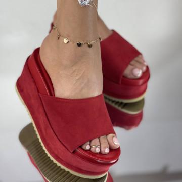 Papuci Crinita Rosii