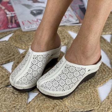 Papuci cu Platforma Monica Bej