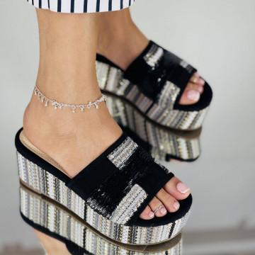 Papuci Kamena Negri