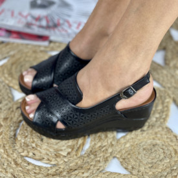 Sandale Cu Platforma Amalia Negre