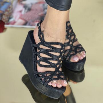 Sandale Cu Platforma Klover Negre