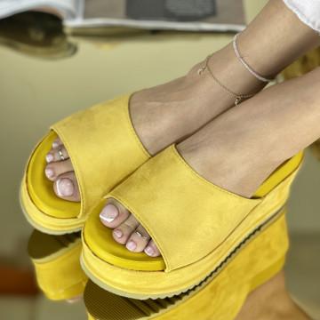 Papuci Crinita Galbeni