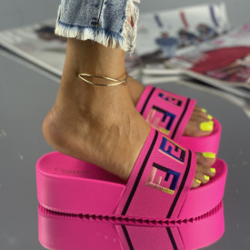 Papuci Fiera Roz