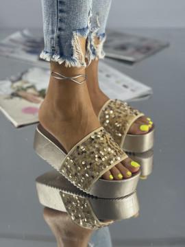 Papuci Lokita Roz