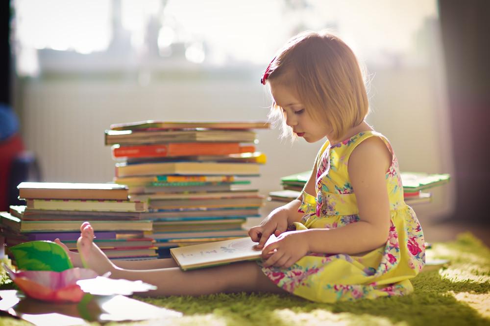 Noile povești pentru copiii de azi – cum îi faci să fie curioși și curajoși