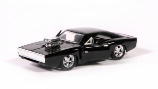 Cum ar fi să ai toate mașinile din Fast&Furious? Colecția adevăraților pasionați de automobile speciale