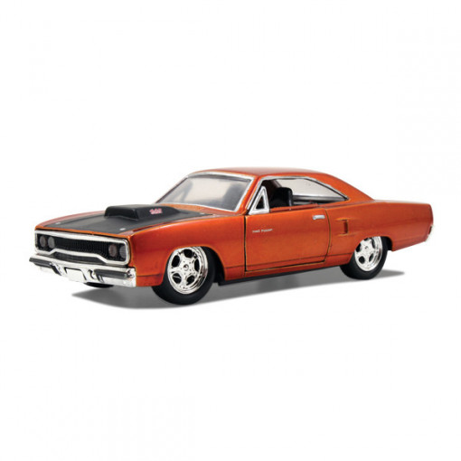 Editia nr. 11 - Dom´s Plymouth Road Runner
