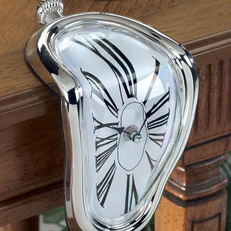 ceas care se topeste Dali 2