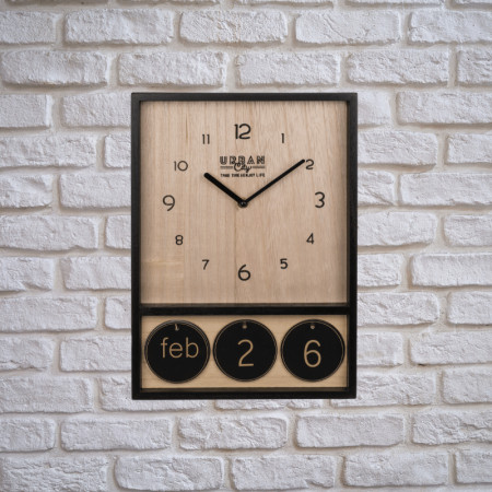 Ceas de perete din lemn cu calendar