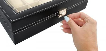 Cutie neagra ceasuri si ochelari, cu cheita